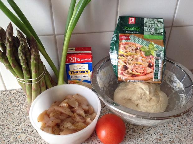 Chicken-Holly-Pizza - Rezept - Bild Nr. 18