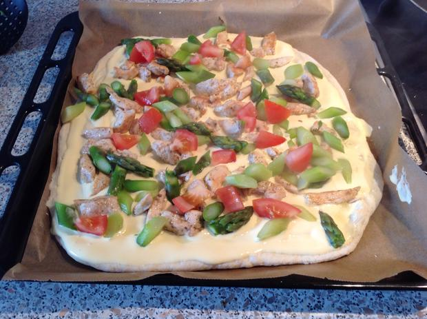 Chicken-Holly-Pizza - Rezept - Bild Nr. 26