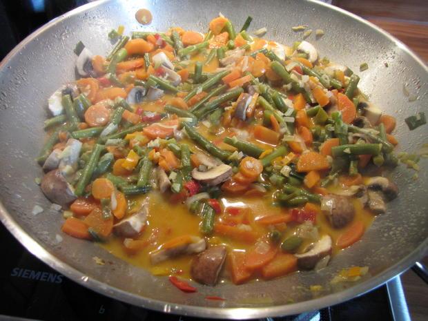 Thai Curry hot & spicy mit rotem Reis und Hähnchen - Rezept - Bild Nr. 23