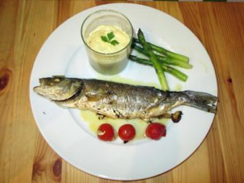 Loup de mer in Honig-Buttersoße dazu Kartoffel-Petersilienwurzelschaum und Gemüse - Rezept - Bild Nr. 51