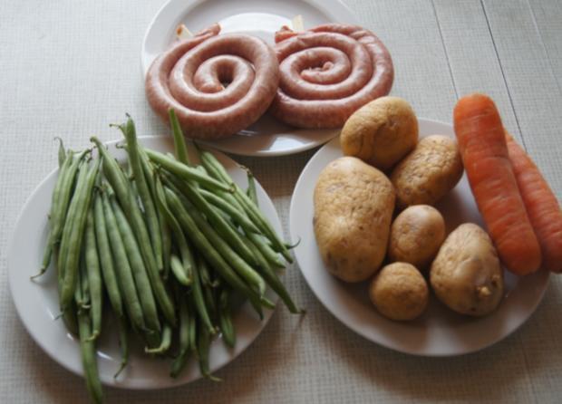 Bratwurstschnecke mit grünen Bohnen und Möhren-Kartoffelstampf - Rezept - Bild Nr. 52