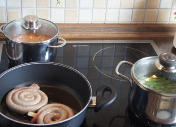 Bratwurstschnecke mit grünen Bohnen und Möhren-Kartoffelstampf - Rezept - Bild Nr. 53