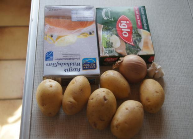 Lachsfilet mit Rahm-Spinat und Curry-Kartoffelpilzen - Rezept - Bild Nr. 53