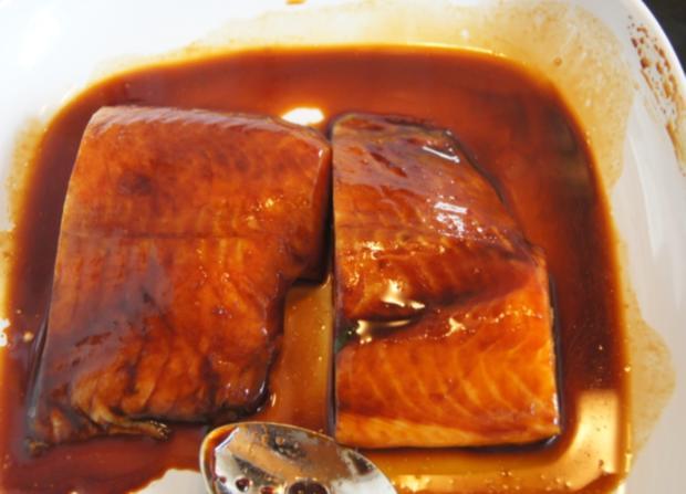 Lachsfilet mit Rahm-Spinat und Curry-Kartoffelpilzen - Rezept - Bild Nr. 56