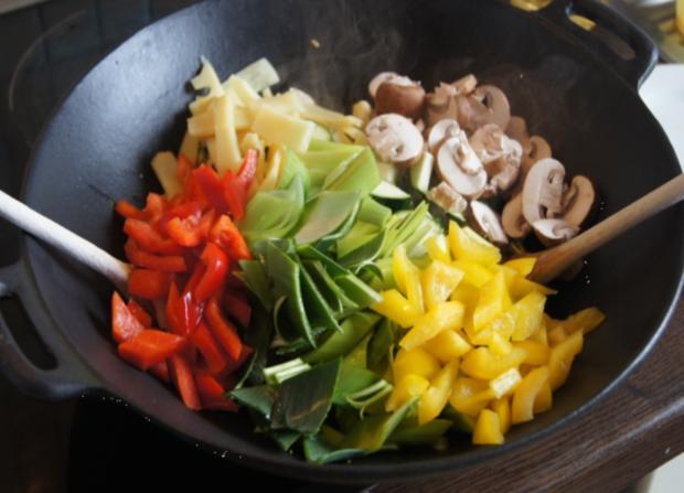 Gemüsewok mit Steak - Rezept - Bild Nr. 70