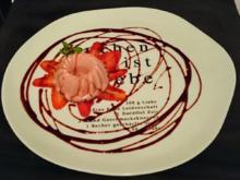 Erdbeer-Panna-Cotta mit Balsamicosirup - Rezept - Bild Nr. 183