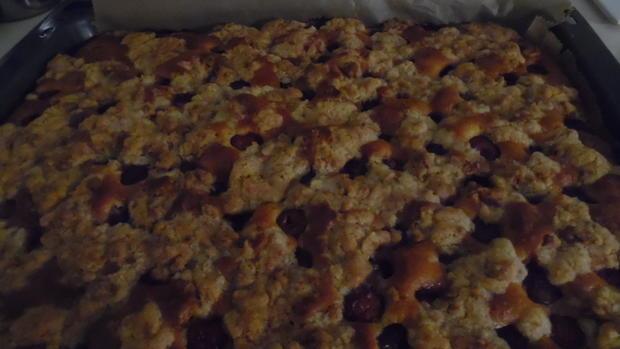 Amarettini-Kirsch-Streuselkuchen - Rezept - Bild Nr. 235