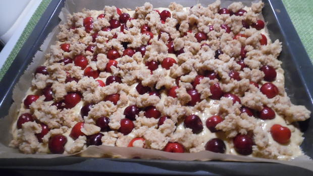 Amarettini-Kirsch-Streuselkuchen - Rezept - Bild Nr. 236