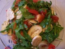 Rucolasalat mit Tomaten und Champions - Rezept