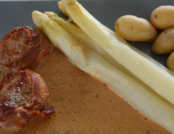 """""""Bondens glade"""" - Schweinelendchen mit Spargel - Rezept - Bild Nr. 362"""