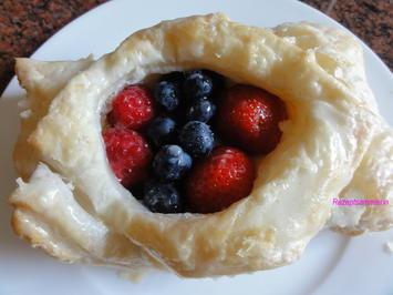 Blätterteig:   BEERENAUSWAHL auf Vanille-Pudding - Rezept - Bild Nr. 367