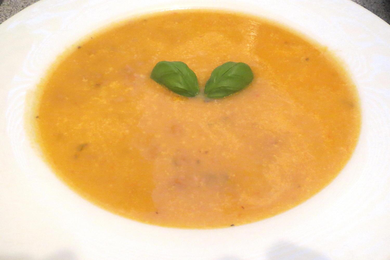 Zucchini hackfleisch suppe