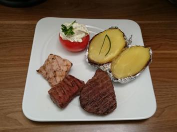 Dreierlei Fleisch an Grillkartoffel mit Schmand, Kräuter- und Orangen-Ingwerbutter - Rezept - Bild Nr. 572