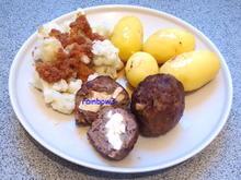 Kochen: Mit Büffelkäse gefüllte Frikadellen und dazu Blumenkohlgemüse - Rezept - Bild Nr. 521