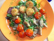 Jakobsmuscheln auf Salatbeet mit Granatapfel Sauce - Rezept - Bild Nr. 521