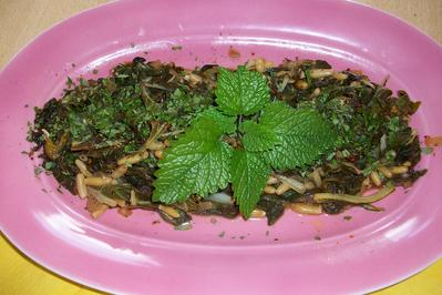 Mangold in der Pfanne mit Mangoldstängel  Salat - Rezept - Bild Nr. 536