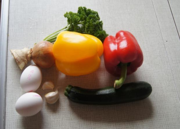 Zucchini-Paprika-Omelett - Rezept - Bild Nr. 565