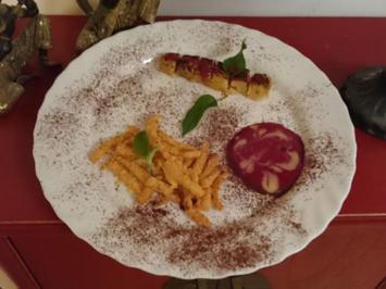 Pommes Frittes und Currywurst (Ananas und Marzipan) - Rezept - Bild Nr. 96