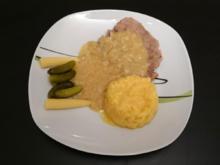 Rindfleisch mit Zwiebelsoße, Kartoffelsalat, Gurken und Maiskölbchen - Rezept - Bild Nr. 99