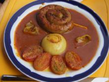 Fränkische Bratwurstschnecke mit Currysauce und Beilagen - Rezept - Bild Nr. 134
