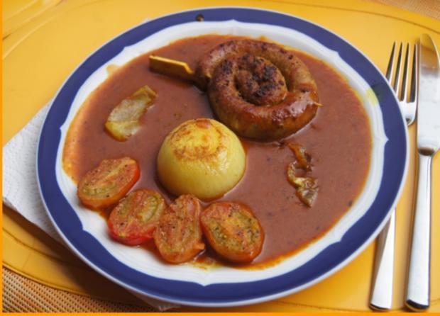Fränkische Bratwurstschnecke mit Currysauce und Beilagen - Rezept - Bild Nr. 136
