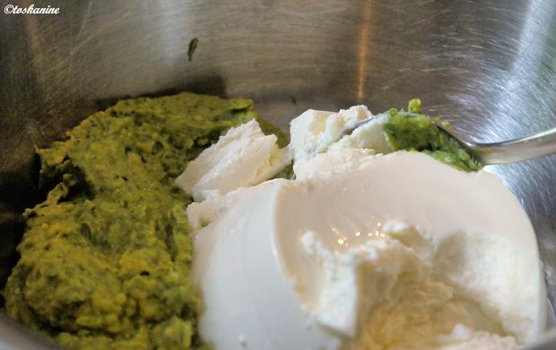 Avocado-Ricotto-Creme mit Zitronenmelisse und marinierte Erdbeeren - Rezept - Bild Nr. 180