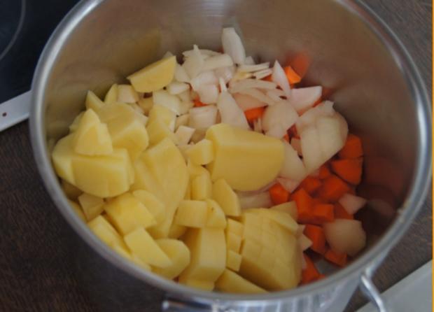 Schlemmerfilet Bordelaise mit Rahm-Kohlrabi und Möhren-Sellerie-Kartoffelstampf - Rezept - Bild Nr. 233