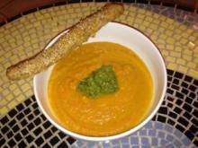 Karotten-Orangensuppe mit Walnuss-Dattel-Gremolata - Rezept - Bild Nr. 260
