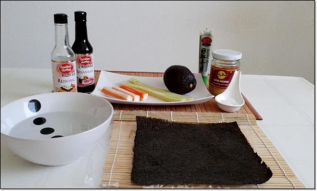 Sushi mit Surimi, Avocado und Gurke gefüllt - Rezept - Bild Nr. 1697