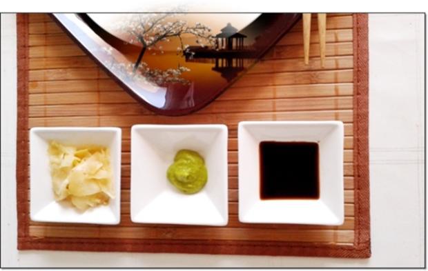 Sushi mit Surimi, Avocado und Gurke gefüllt - Rezept - Bild Nr. 1713