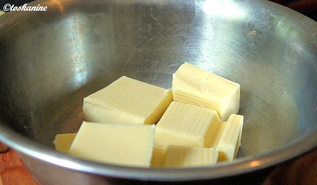 Weiße Schokoladen-Süßholz-Mousse mit marinierten Brombeeren - Rezept - Bild Nr. 323