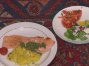 Lachs mit Minzsoße, Wildreis, Tomaten mit Walnussvinaigrette, gefüllte Champignons - Rezept - Bild Nr. 415