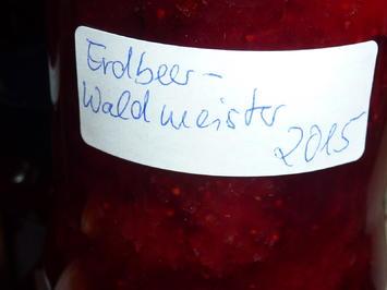Rezept: Marmelade: Erdbeer-Waldmeister
