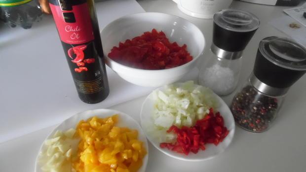 Tortellinis mit Pilzfüllung auf Tomaten-Mango-Sugo - Rezept - Bild Nr. 454
