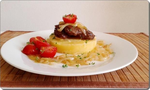 Gebratene Rinderleber auf   Kartoffel-Türmchen - Rezept - Bild Nr. 523