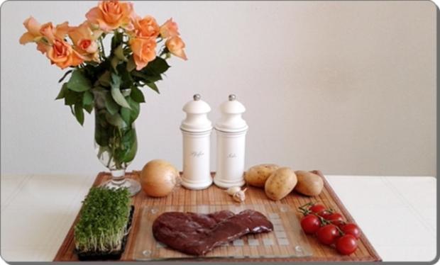 Gebratene Rinderleber auf   Kartoffel-Türmchen - Rezept - Bild Nr. 1691