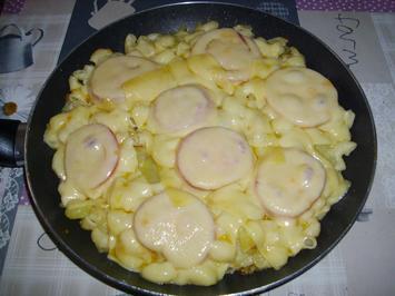 Rezept: Kartoffel Nudelpfanne überbacken
