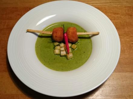 Kräutersuppe mit Chili-Croutons dazu Risottobällchen - Rezept - Bild Nr. 586