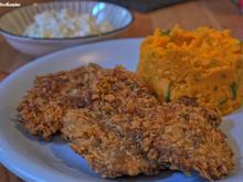 Hähnchen-Curry-Schnitzel mit Süßkartoffelpüree und Gurkensalat - Rezept - Bild Nr. 865