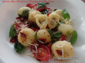 Gefüllte Mini-Knödel mit Tomaten und Basilikum - Rezept - Bild Nr. 880