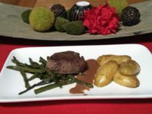 Wasserbüffel-Filet auf Bohnen dazu Balsamico-Grappa-Rahmsoße und Blechkartoffeln - Rezept - Bild Nr. 1018
