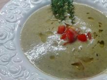Zucchini-Walnuss-Cremesuppe - Rezept - Bild Nr. 959