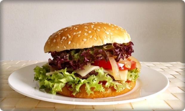XXL Burger  mit Lollo Rosso Salat und....nach Art des Hauses - Rezept - Bild Nr. 972