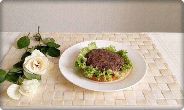XXL Burger  mit Lollo Rosso Salat und....nach Art des Hauses - Rezept - Bild Nr. 989