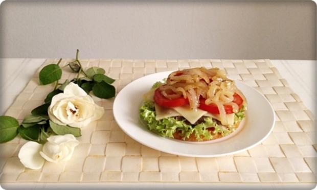 XXL Burger  mit Lollo Rosso Salat und....nach Art des Hauses - Rezept - Bild Nr. 992