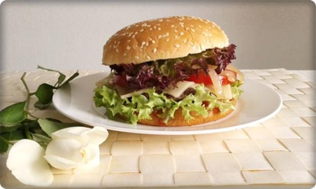 XXL Burger  mit Lollo Rosso Salat und....nach Art des Hauses - Rezept - Bild Nr. 996
