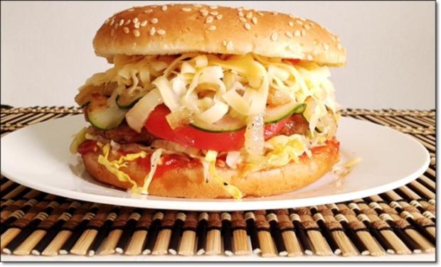 """Heißhunger auf """"Thüringer Burger"""" - Rezept - Bild Nr. 997"""
