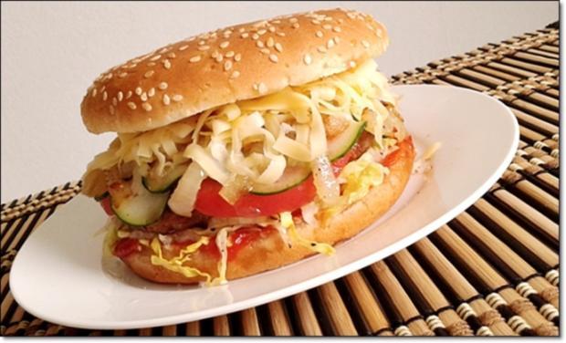 """Heißhunger auf """"Thüringer Burger"""" - Rezept - Bild Nr. 1020"""