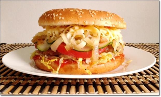 """Heißhunger auf """"Thüringer Burger"""" - Rezept - Bild Nr. 1022"""