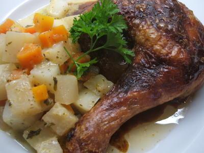 Geflügel: Hühnerkeulen mit Chili-Honig-Knoblauch-Paste und Wurzelgemüse - Rezept - Bild Nr. 1057
